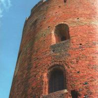 Каменецкая башня. Древний вход в башню со стороны реки