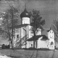 Псков. Церковь Георгия «со Взвоза». 1494 г.