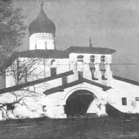 Псков. Церковь Воскресение «со Стадища». 1532 г.