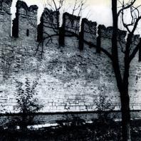 Тула. Кремль. Фрагмент юго-западной стены. 1507-1520 гг. Фото В. В. Косточкина