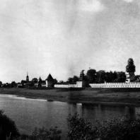 Вологда. Спасо-Прилуцкий монастырь. Вид с южной стороны. 1656 г. Фото А. А. Александрова