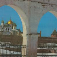 Вид на новгородский кремль с торговой стороны