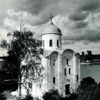 Старая Ладога. Церковь Георгия. Общий вид с юго-запада. Вторая половина XII в.