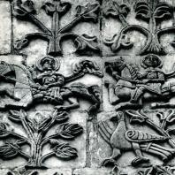Владимир на Клязьме. Дмитриевский собор. Рельефы верхней части фасада. 1193-1197
