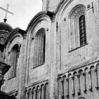 Владимир на Клязьме. Успенский собор. Фрагмент северной стены. 1158-1161