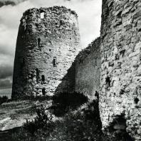 Изборск. Крепостная башня. Начало XIV в.