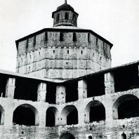 Кирилло-Белозерский монастырь. Вологодская башня. Вид со стороны двора. XVII в.