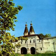 Ферапонтов монастырь. Святые ворота. 1649