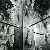 Ферапонтов монастырь. Собор Рождества Богородицы. Внутренний вид с фресками Дионисия. 1500-1502