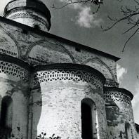 Ферапонтов монастырь. Собор Рождества Богородицы. Вид с восточной стороны. Фрагмент. 1490