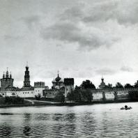 Москва. Ново-Девичий монастырь. Общий вид с северозападной стороны