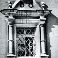 Москва. Ново-Девичий монастырь. Окно Трапезной палаты. 1685-1687