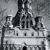 Дьяково. Церковь Иоанна Предтечи. Вид с западной стороны. 1547