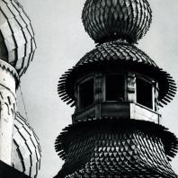 Ростов Великий. Фрагмент покрытия башни северных ворот у церкви Воскресения