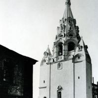 Ярославль. Надвратная церковь - колокольня Рождества Христова