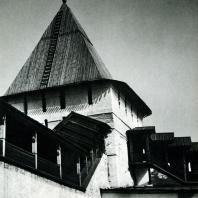 Ярославль. Спасский монастырь. Угличская башня. 1636