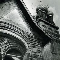 Ярославль. Церковь Иоанна Предтечи в Толчкове. Крыльцо. 1671-1687