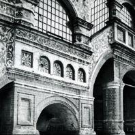 Москва. Собор Василия Блаженного. Крыльцо. Фрагмент. 1555-1560