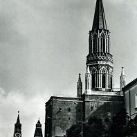 Москва. Кремль. Никольская башня. XV-XIX вв.