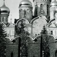 Москва. Кремль. Купола соборов